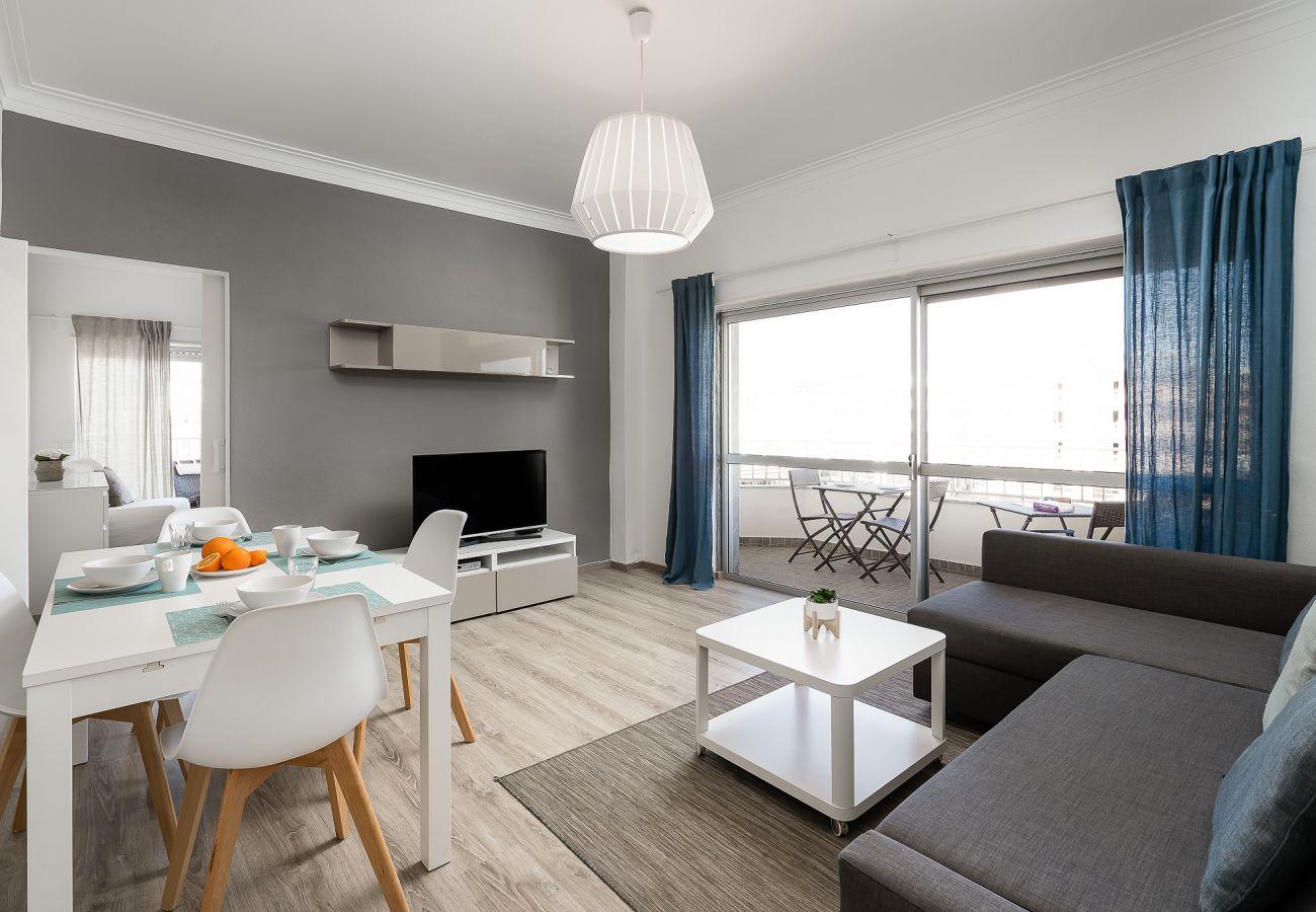 Apartamento en Portimão - S&S Beach Home by Real Life Concierge
