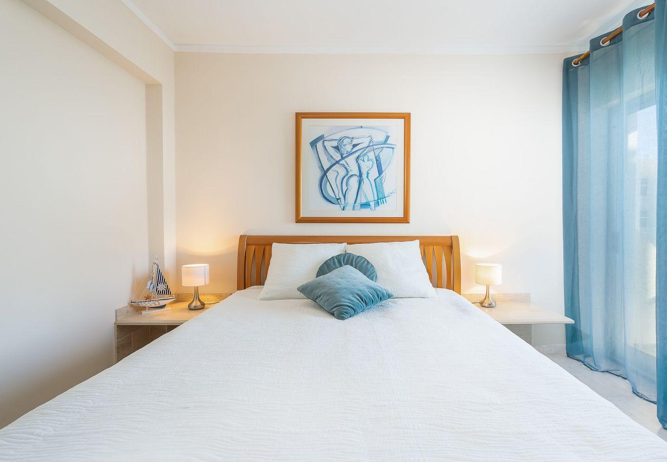 Appartement à Portimão - Ocean Beachfront Home by Real Life Concierge